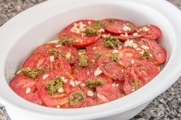building-tomato-pesto-gratin