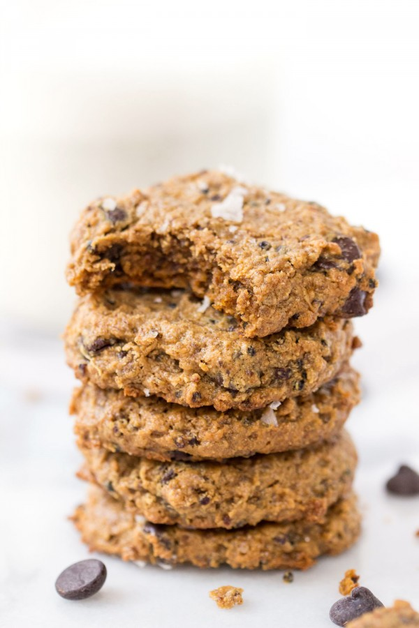 Cashew Butter Chocolate Chip Cookies -- with quinoa for some added protein and crunch! [vegan + gluten-free]