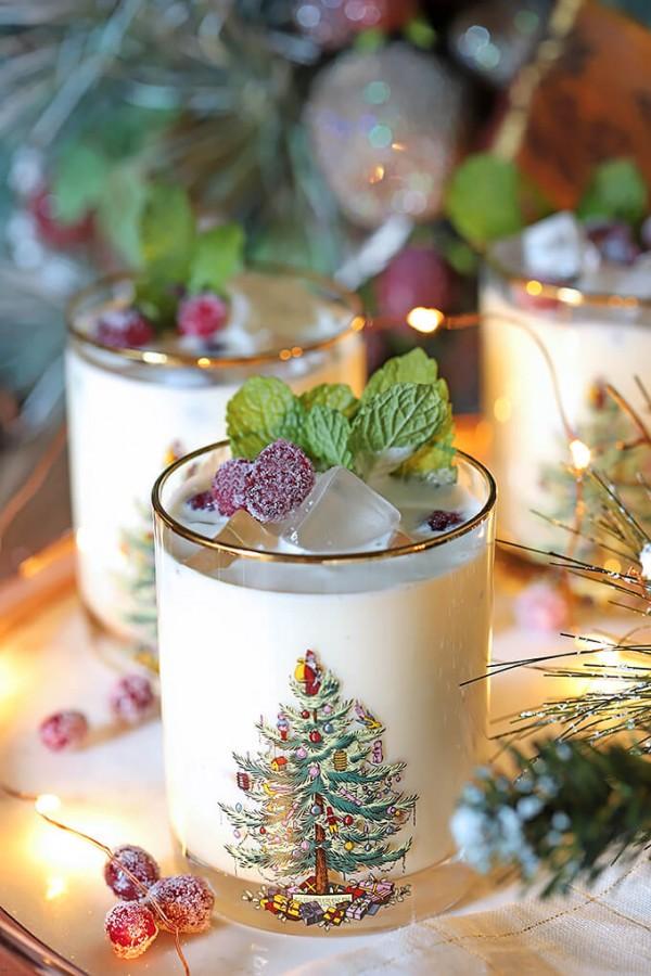 White-Chocolate-Mint-Eggnog-Cocktail-2.jpg
