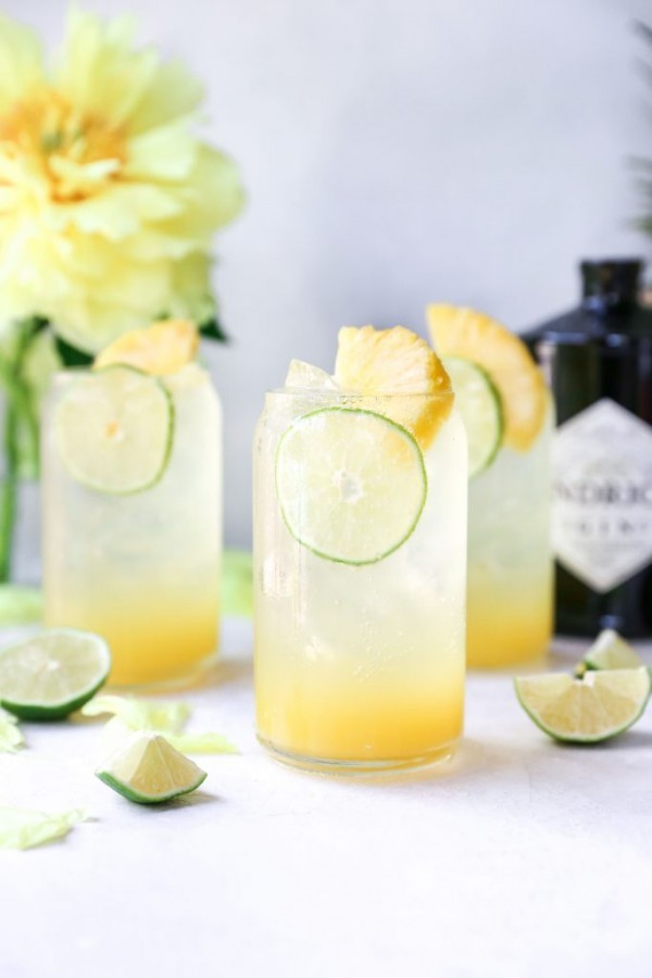 Pineapple Gin & Tonics