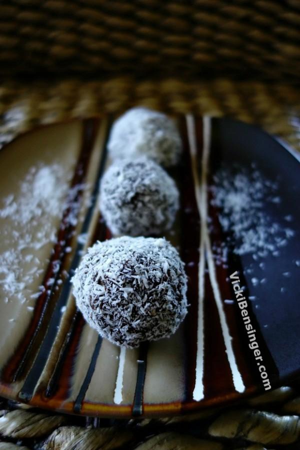 Chocolate Avocado Snowball Truffle 3