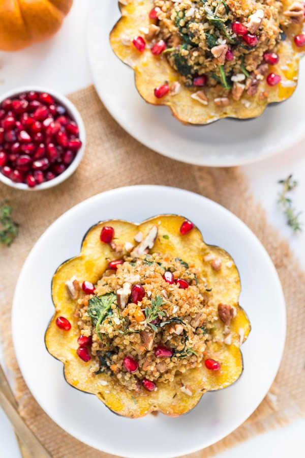 Mushroom & Quinoa Stuffed Acorn Squash with pomegranates and pecans! The perfect winter dish that is packed with plant-based goodness and super easy to prepare [vegan]