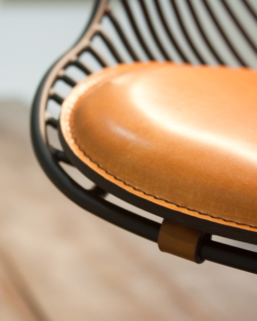 Wire Dining Chair is a minimalist design created by Denmark-based designer Overgaard & Dyrman. (7)