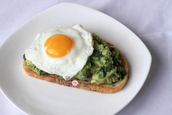 Smashed Avocado Egg Toast5