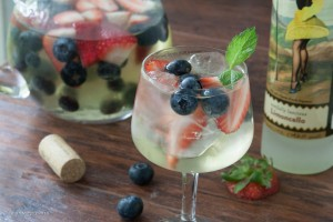Lemon Berry Sangria-11