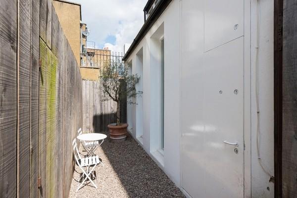 highgate-road-minimalist-industrial-loft-london-nw5-13
