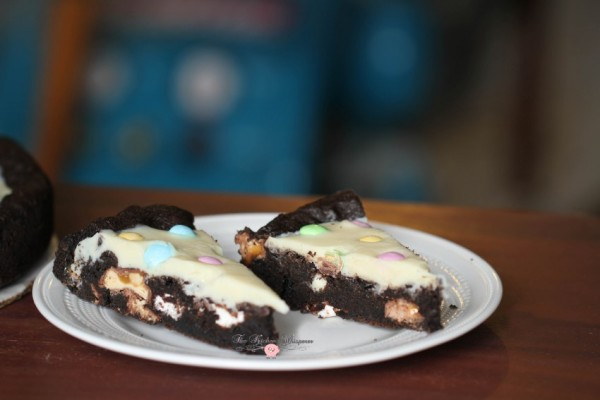 Chocolate Easter Pizza Cookie2