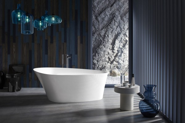 Veil freestanding bath     Composed bath filler      The organic curves of the Veil® freestanding bath are ergonomically designed to support your body and your mind to create a routine that's anything but ordinary.