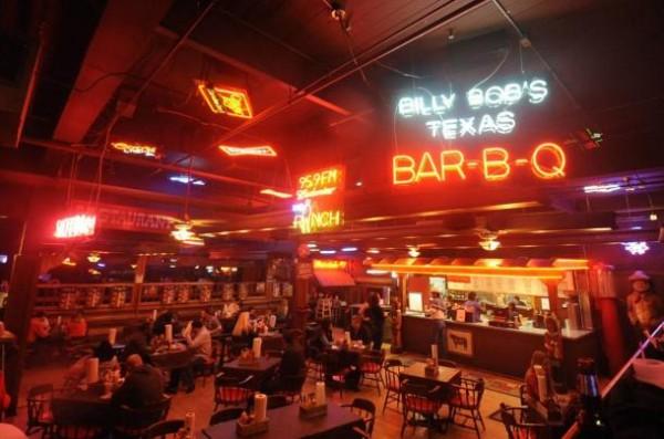original_billy-bobs-texas0