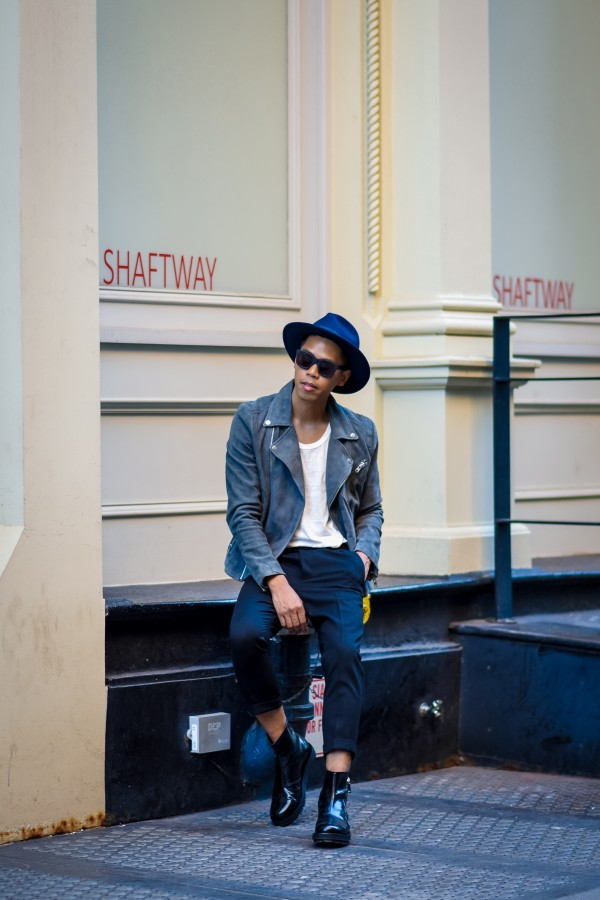 how to wear a suede jacket streetstyle