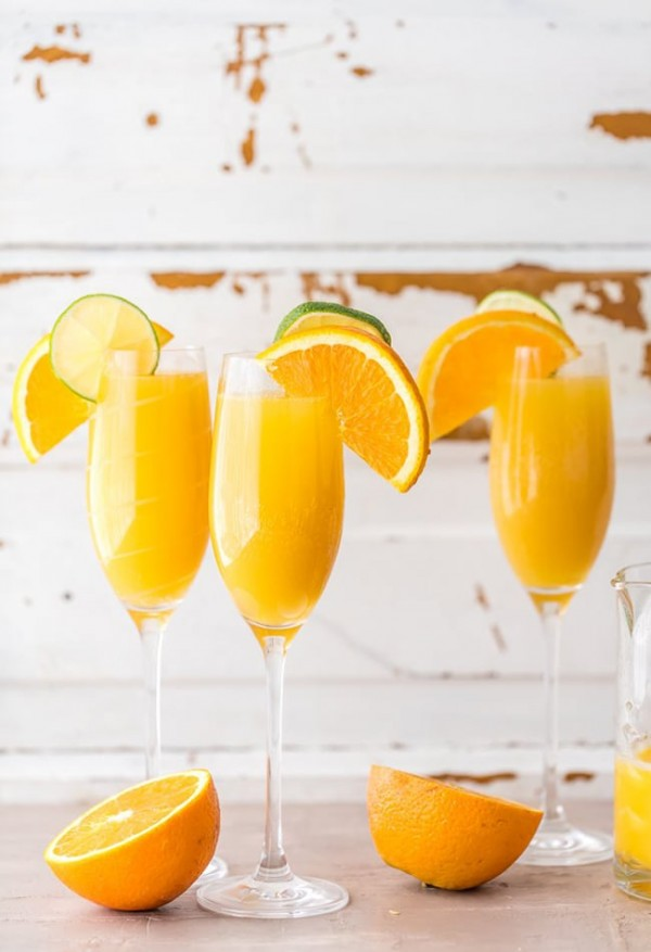 Moscow Mule Mimosas | The Cookie Rookie