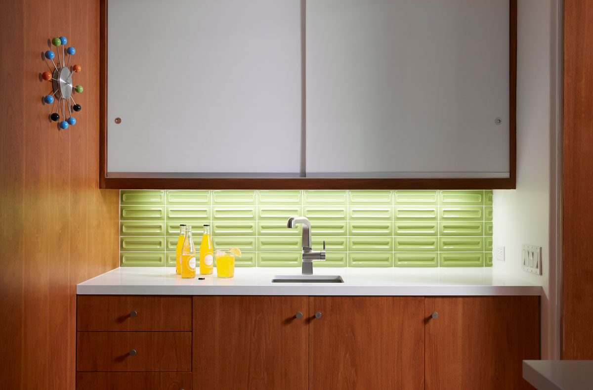 Evoke Bar Sink Faucet    Strive Bar Sink    The prep sink area replicates the functionality of the main sink station, perfect for the family to enjoy preparing meals together.