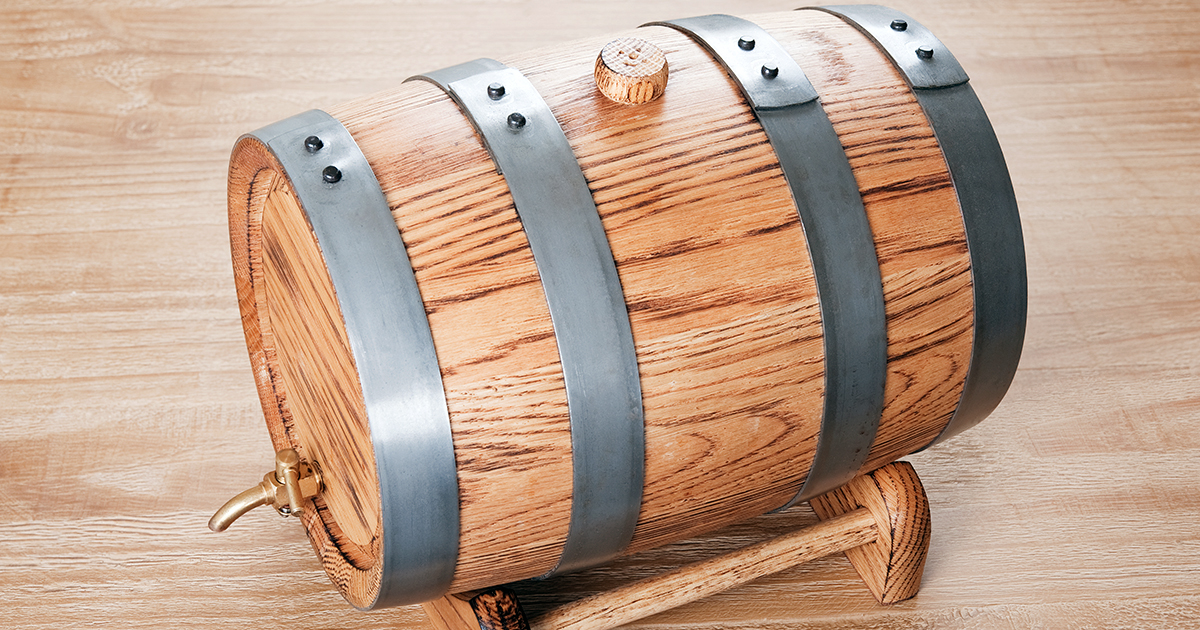 Wood, Time and Magic: The Secrets of Barrel Aging at Home
