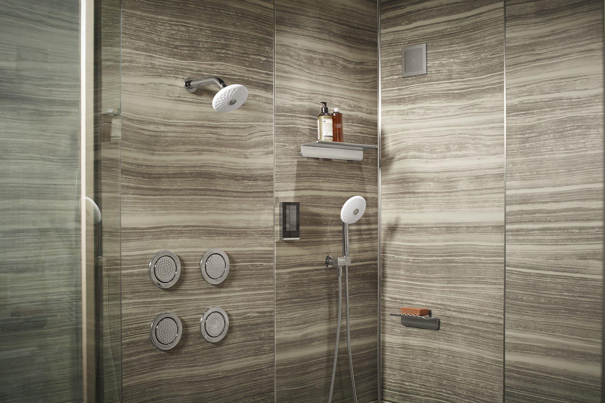 DTV+™ digital interface   Exhale® handshower   Choreograph® shelf   WaterTile® body spray   Exhale showerhead     Control water volume, temperature and steam more quickly with a digital touchscreen.