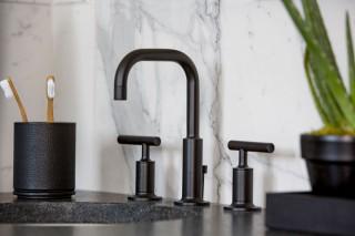 Purist faucet    Caxton Oval sink    The matte black faucet makes a bold, confident statement.