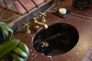 Caxton Undermount Sink    Pinstripe Sink Faucet    Black fixtures create intrigue and feel luxurious in the context of the powder room.