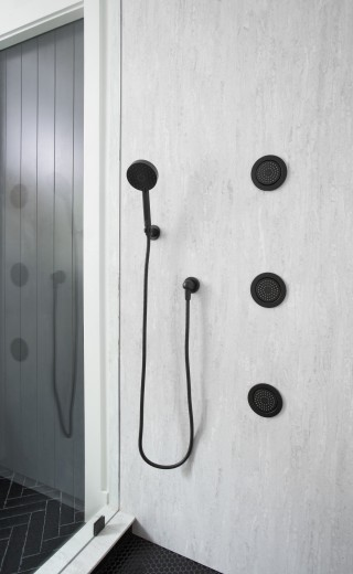 WaterTile body spray    Awaken multifunction handshower    The Matte Black finish of the handshower and body spray make a bold, refined statement.