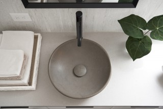 Kensho vessel sink    Components faucet    Simple forms and soft colors create a sense of tranquility and composure.