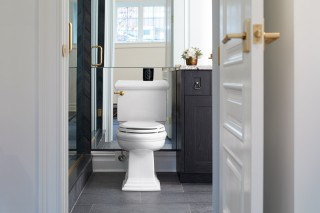 Memoirs Classic toilet    The classic design of the Memoirs® toilet adds sophistication to any space.