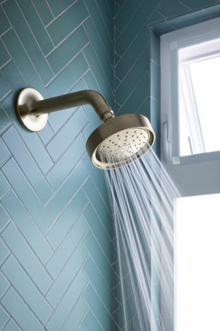 Purist Shower Arm   Purist Showerhead    The innovative nozzle geometry of the Purist® showerhead minimizes wasteful overspray while delivering a decidedly invigorating experience.