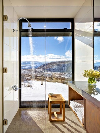 Contemporary Bathroom and Olson Kundig Architects in Cascade Mountain, WA