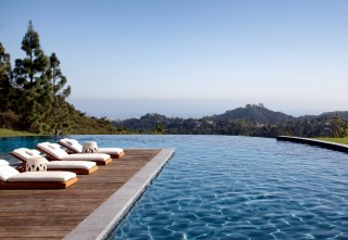 Modern Pool by Joan Behnke & Associates Inc. and Landry Design Group Inc. in Los Angeles, California
